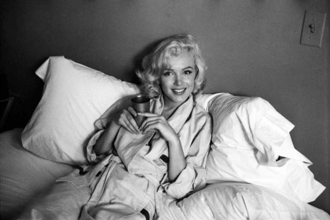 marilyn-monore-in-pjs