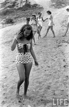 biquini hot pants anos 50