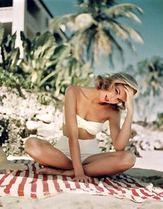 grace kelly de biquini  hot pants