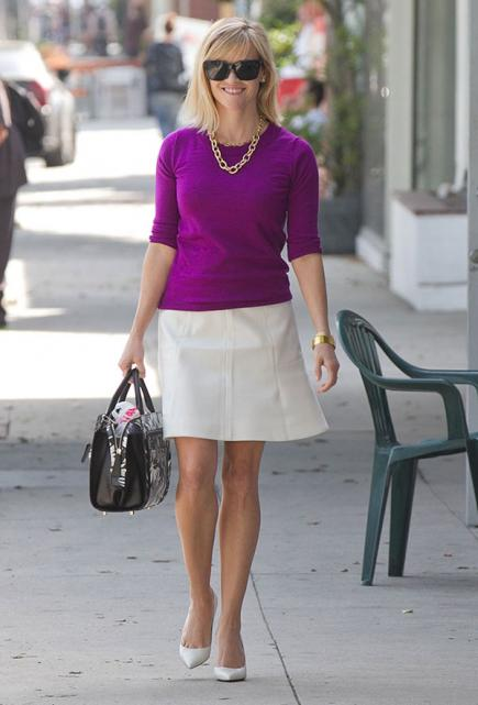 Reese Witherspoon mini saia