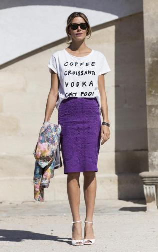 T-shirt com saia lápis