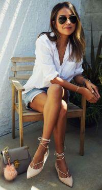 lace up com shorts e camisa