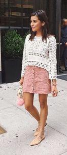 sapatilha lace up com mini saia