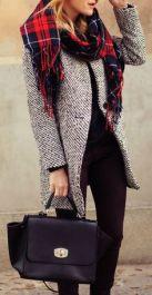 casaco com cachecol
