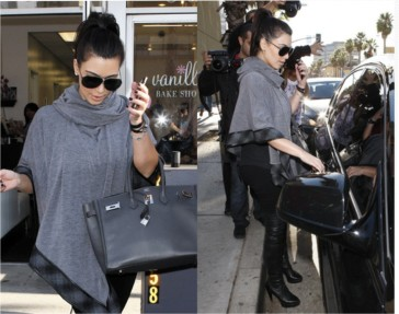Kim-Kardashian-poncho