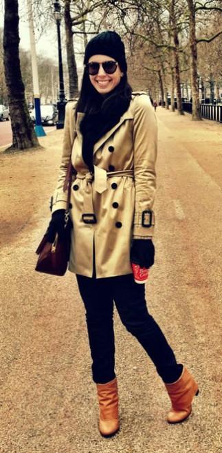 Legging + trench coat