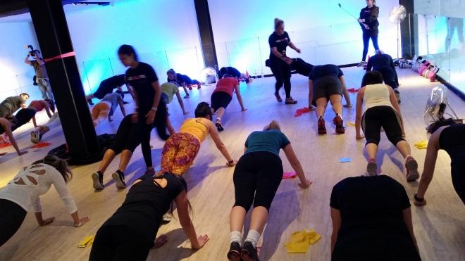 aula fitness nocaute cau saad evento casa jaguar