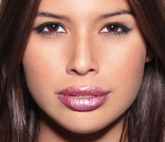 glitter-lips-rose-post-tabu-look-make