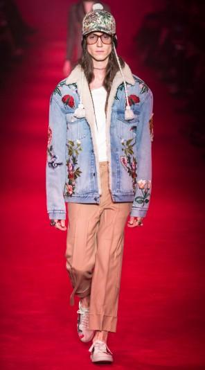 Jaqueta jeans bordada Gucci