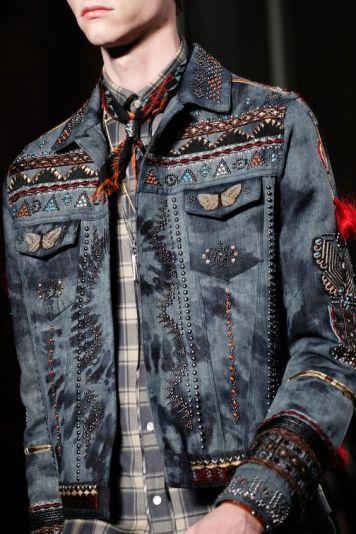 Jaqueta jeans bordada Valentino