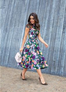 Scarpin animal print + vestido floral mix de estampas