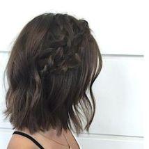 cabelo curto com trança