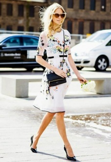 Bolsa Preta + Vestido floral