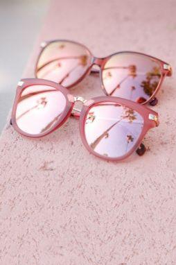 oculos de sol rosa espelhado