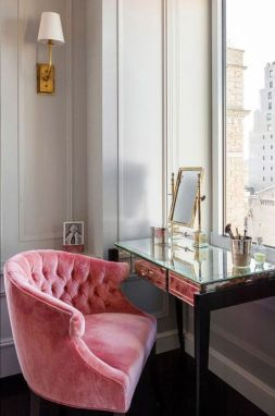 sofá veludo rosa millennial