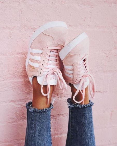 tenis adidas rosa